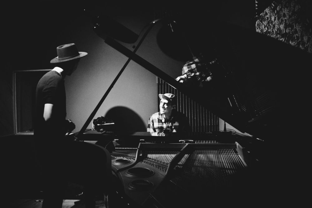 Josh_Stevens_and_Spencer_Ludwig_of_Capital_Cities_writing_at_Studio_City_Sound,_Ca_2015